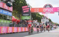 Giro d'Italia: il tedesco Greipel vince in volata a Bibione (ma domani si ritira per evitare le montagne)