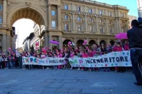 Firenze-in-piazza-le-Mamme-no-Inceneritore_article_body