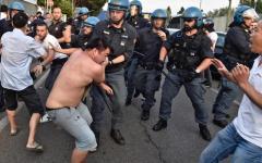 Sesto Fiorentino, rivolta dei cinesi: Sindaco Falchi e Governatore Rossi, saremo inflessibili contro l'illegalità