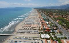 Vacanze: Forte dei marmi e marina di Pietrasanta fra le 10 spiagge più care d'Italia