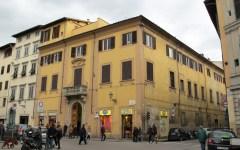 Firenze: urtato da un dodicenne un nordafricano ha reagito e ha preso a pugni il padre