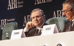 Banche: Visco e Padoan non escludono intervento pubblico