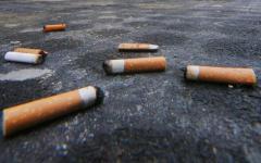 Porcari: bambino di un anno ingoia mozziconi di sigaretta. I genitori temono ci fosse anche hashish