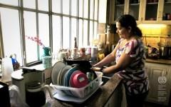 Lavoro: i servizi domestici non qualificati totale appannaggio (72%) degli stranieri
