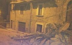 Terremoto: un milione di euro dalla Toscana. Fondo della Regione aperto al contributo di comuni e privati