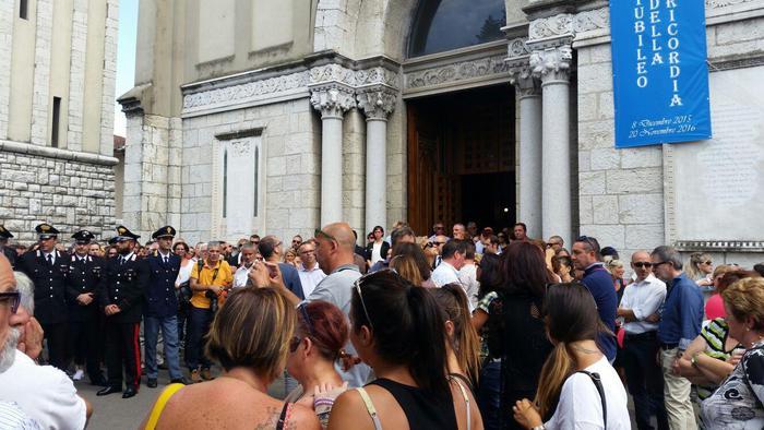 I funerali di Vania Vannucchi, a Lucca
