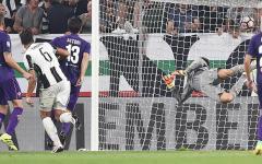 Fiorentina battuta da una zampata di Higuain. Vince la Juve (2-1) e non basta Kalinic. Borja  in tribuna (sul piede di partenza?). Pagelle