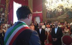 Firenze, unioni civili: Mauro e Michele protagonisti della prima cerimonia a Palazzo Vecchio (video)