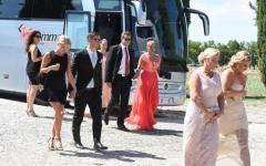 Chiusdino (SI): Kimi Raikkonen, pilota Ferrari,  si è sposato nell'abbazia di san Galgano