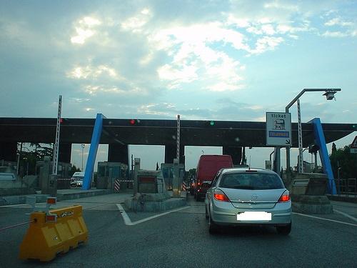 casello_autostrada03