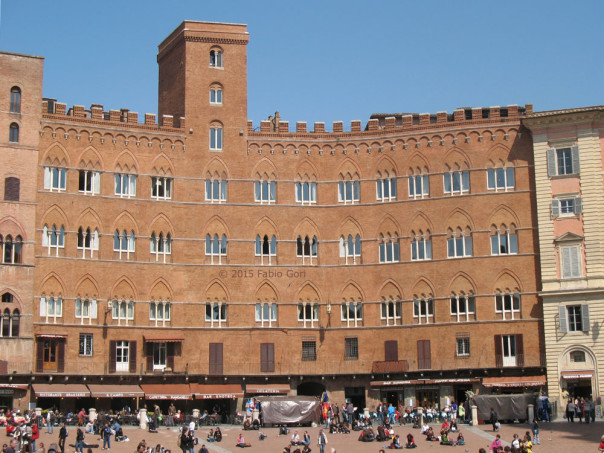 palazzo_sansedoni