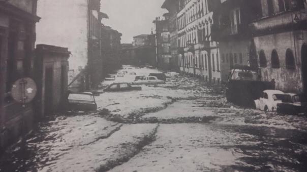 Firenze: 4 novembre 1966, l'Arno ha invaso la città e due terzi della Toscana
