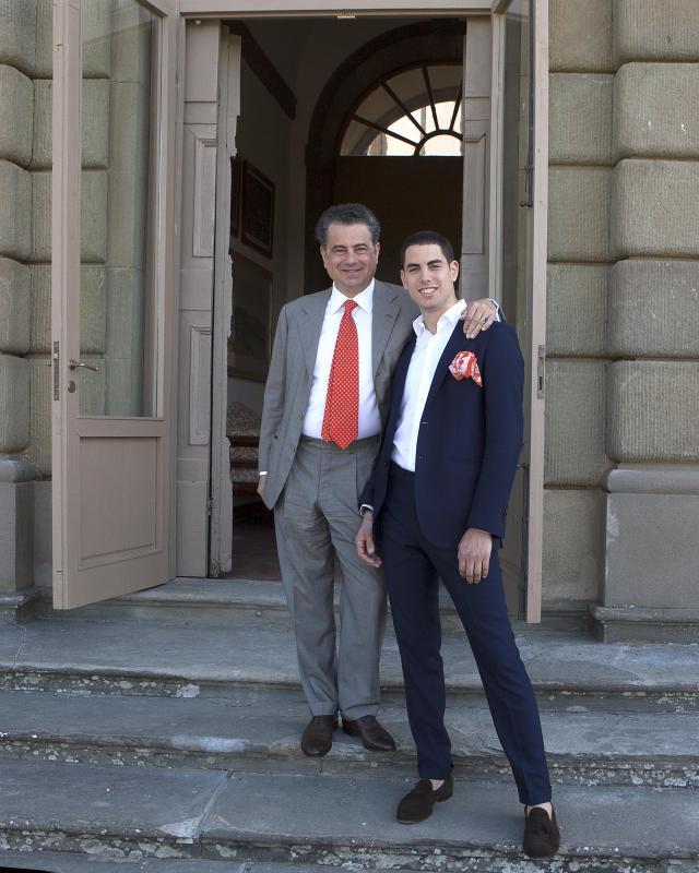 Il giovane principe Filippo, scomparso a Londra, con il padre, Duccio Corsini