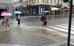 Meteo Firenze: da domani 14 nuova allerta arancione, temporali, vento, rischio idraulico