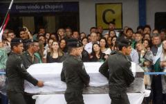 Calcio, Brasile: l'aereo Chapecoense precipitò per mancanza di carburante. L'inchiesta della Bolivia