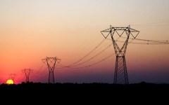 Economia: il prezzo dell'energia sale a livelli record e penalizza le aziende