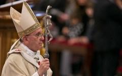 Natale: Papa Francesco dedica un pensiero ai bambini che giacciono sui barconi