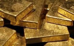Arezzo: ventisette kg di lingotti e lamine in oro puro, privi di punzonatura, sequestrati dalla Guardia di Finanza