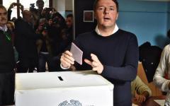 Referendum: Renzi vota a Pontassieve con la moglie Agnese, ma dimentica il documento d'identità