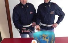 Arezzo: nasconde l'arma sotto il sedile dell'auto, arrestato dalla Polizia stradale