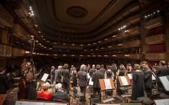 Firenze: al Teatro Verdi l'ORT diretta da  Böer suona il concerto per violino di Schumann, solista Veronika Eberle