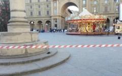 Firenze: allarme bomba vicino a piazza Repubblica. Zaino sospetto aperto dagli artificieri