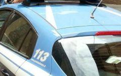 Firenze: allarme per furgone abbandonato in area sosta Polizia in piazza Indipendenza