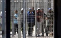 Immigrati: la stretta di Minniti, pronto il rimpatrio di 95 nigeriani. Le proteste degli avvocati (Adduma) e dell'Arci