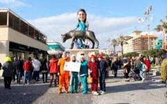 Viareggio, carnevale: gran finale sui viali al mare, l'incognita del tempo