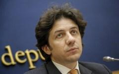 Eutanasia, morte Dj Fabo: Marco Cappato indagato per istigazione o aiuto al suicidio dagli inquirenti milanesi