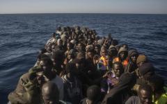 Migranti: gli arrivi nella Ue sono in calo, mentre raddoppiano gli sbarchi in Italia, oltre 15.000 da gennaio 2017