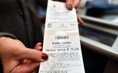 Voucher: ultimo progetto, due ticket, uno per le famiglie (10 euro), l'altro per le imprese (15 euro)