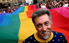 San Francisco (Usa): è morto a 65 anni Gilbert Baker, inventò la bandiera arcobaleno