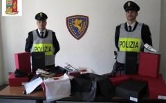 Firenze: scarpe firmate Valentino, rubate a levane, recuperate dalla Polizia stradale