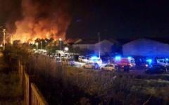 Francia, migranti: rivolta e incendio nel campo della Grande-Synthe. Cinque feriti