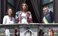 Taormina: Melania col soprabito di D & G (da 50.000 $). Un omaggio all'Italia e alla Sicilia