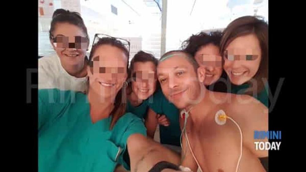 Valentino Rossi dimesso dall'ospedale di Rimini