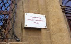 Zeffirelli, l'ultimo desiderio: non fiori sulla tomba, ma donazioni alla Fondazione