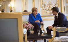 Migranti: Merkel e Macron si accordano per riformare Schengen, ai danni dell'Italia
