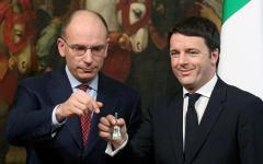 Politica: Renzi ricorda il gelido passaggio di consegne, ma Letta reagisce