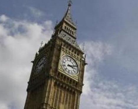 Gli ultimi rintocchi del Big Ben. Rimarrà in silenzio fino al 2021