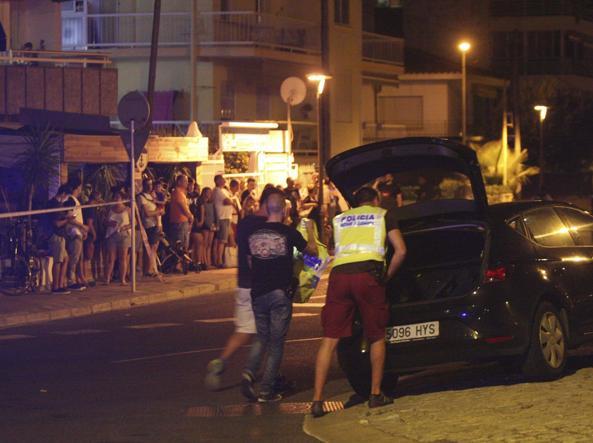 Altro attacco in Spagna a Cambris, uccisi 5 terroristi