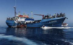 Migranti: la nave Iuventa, della Ong Jugend Rettet, bloccata a Lampedusa dalla guardia costiera