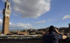 Siena, Palio: tiratori scelti, filtraggio, metal detector garantiranno la sicurezza