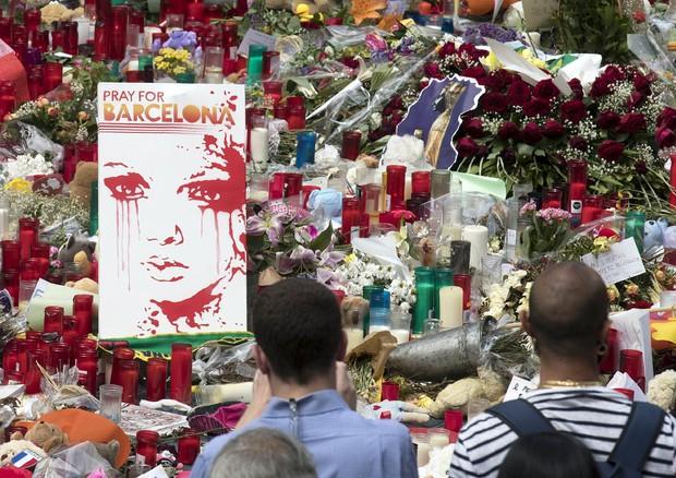 Barcellona, caccia all'uomo in Catalogna