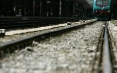 Pisa: muore sotto il treno. Attraversava i binari con le cuffie per la musica