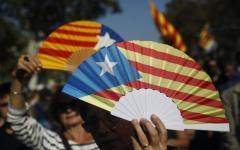 Barcellona: il Parlamento proclama l'indipendenza della catalogna. E' scontro con Madrid