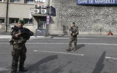 Marsiglia: terrorista accoltella a morte due donne al grido di Allah Akbar. Ucciso dai militari