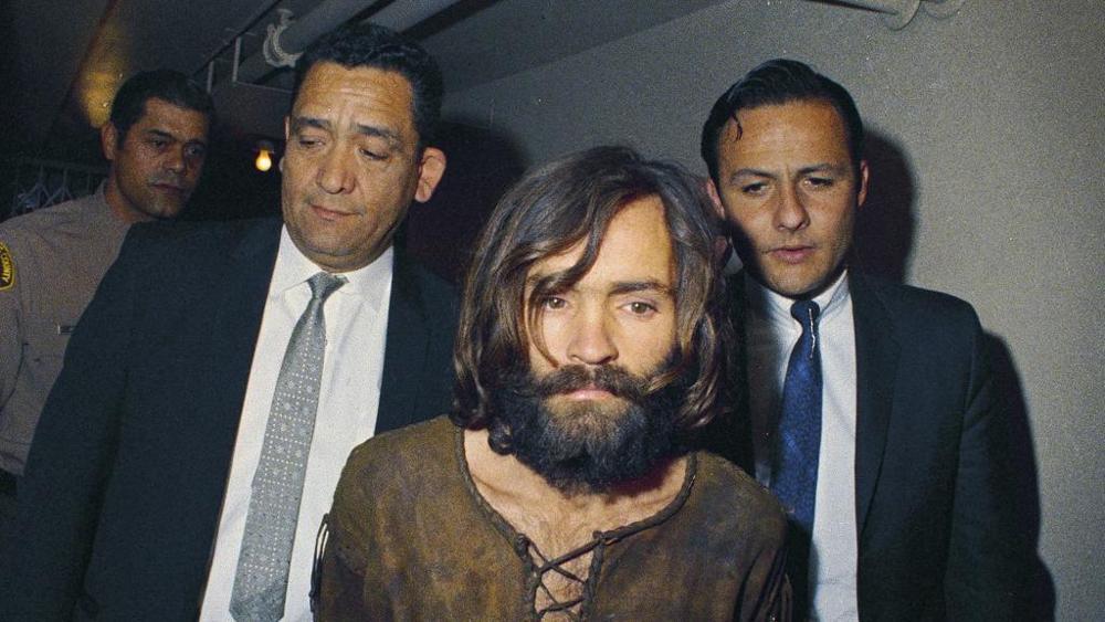 E' morto Charles Manson, il satanista mandante della strage di Bel Air