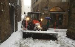 Meteo: neve e vento forte sulla Toscana. Allerta arancione lunedì 13 novembre